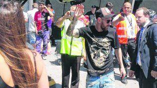 El mejor.Leo accedióayer a sacarsefotos concasi todos los trabajadores del aeropuerto local.