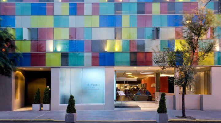 La fachada de Vitrum Hotel