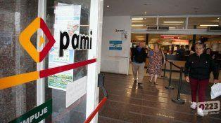 Las farmacias cortaron servicios al Pami