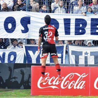 El primer gol. En el estreno del torneo ante Quilmes los rojinegros arrancaron con el pie derecho porque Nacho facturó de penal tras la infracción que a él mismo le cometieron. La primera señal positiva de Scocco.
