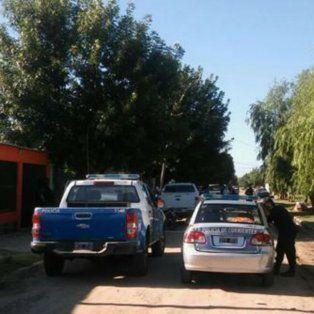 La policía santafesina, en el operativo en Corrientes.