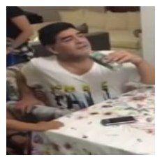 Mannequin Challenge. Maradona junto a Diego Junior que se tiñó el pelo al estilo Messi.