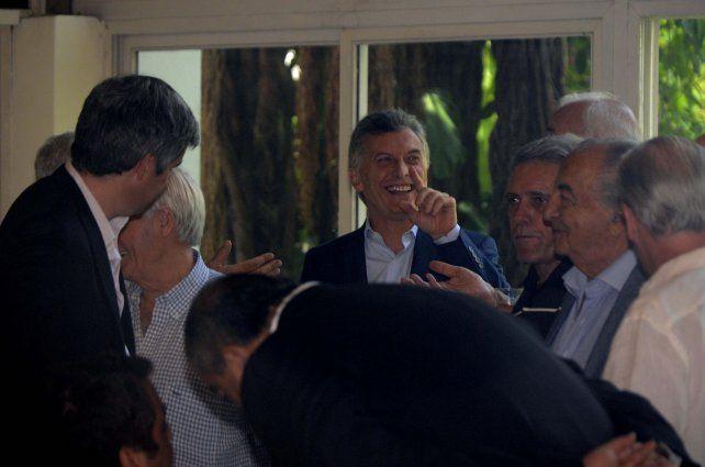 Buenas ondas. Macri y los sindicalistas se mostraron juntos en un ambiente amigable. Sin motivos