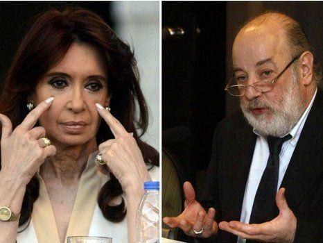 enfrentados. Bonadio procesó a Cristina Kirchner por la operatoria del dólar futuro. Este hecho marcó la agenda política-judicial de 2016.