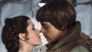Luke Skywalker expresó su profundo dolor tras enterarse de la muerte de la Princesa Leia