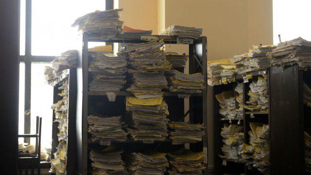 Colapsados. En los juzgados los expedientes se acumulan. Sin embargo