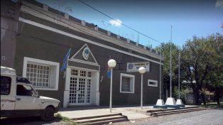 La comisaría 23ª de Funes interviene por razones de jurisdicción.