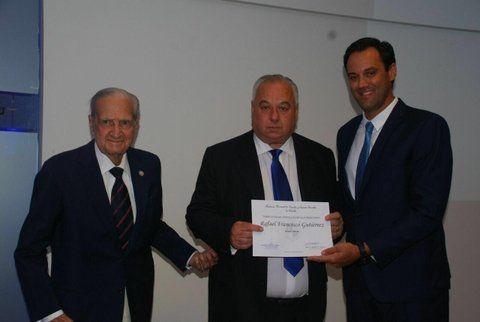 Gutiérrez fue distinguido con la membresía al Instituto de Ciencias Jurídicas y Sociales en la Región Centro de la Academia Nacional de Derecho y Ciencias Sociales de Córdoba.
