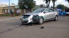 Así quedó el auto que conducía el presidente de la Corte Suprema de la Nación tras el choque. (Foto: Rafaela Noticias)