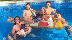 Diego en familia, disfrutando y celebrando el Fin de Año.