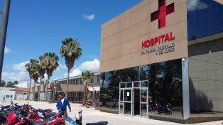 Los cinco integrantes de la familia fueron internados en elHospital 4 de Junio