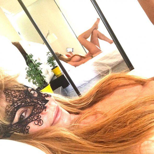 La Alfano comenzó el año mostrando su lado más sexy y atrevido