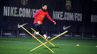 El rosarino Leo Messi volvió a entrenarse junto al plantel de Barcelona.