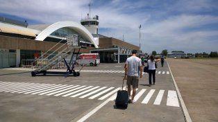 El aeropuerto de Fisherton otra vez tuvo que se cerrado y los pasajeros quedaron en tierra.