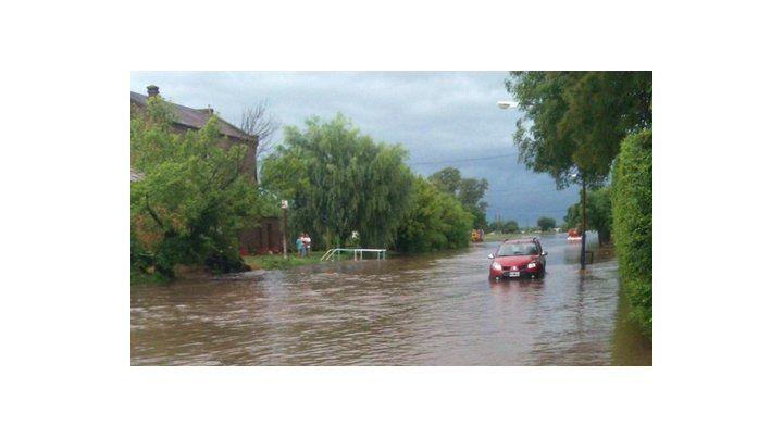 El agua ingresó sin piedad a la comuna de Villa Amelia afectando a más del 70 por ciento de su superficie