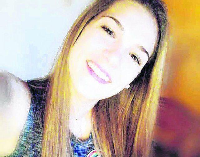 víctima. Giuliana tenía 20 años y se descompensó al salir de la fiesta electrónica en Arroyo Seco.