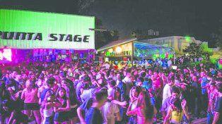 descontrol. Aseguran que en Punta Stage hubo unas 5 mil personas.