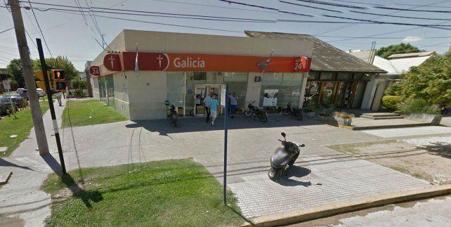 La sucursal del Banco de Galicia ubicada en Amuchástegui y Perón
