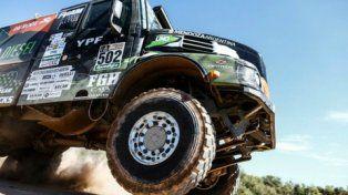 Villagra se colocó 2º en la general de camiones. Día de importantes abandonos