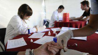 Denuncian retraso de la Nación en la entrega de medicamentos para pacientes con HIV y tuberculosis