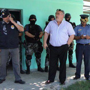 Colombi (centro) durante el fuerte encuentro que tuvo con el titular antinarcóticos de Santa Fe, José Mario Moyano.