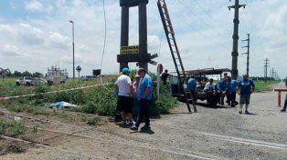 Falleció un operario de la EPE que trabajaba en una torre de alta tensión en Puerto General San Martín.