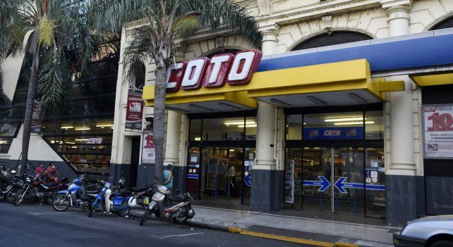 Supermercados Coto será una de las tres cadenas que mañana atenderán al público