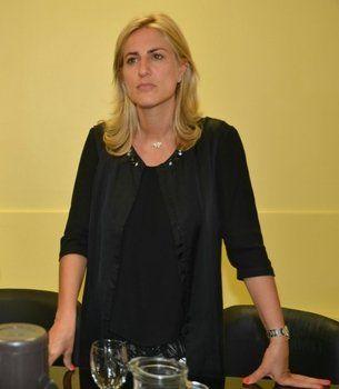 La diputada Cesira Arcando.