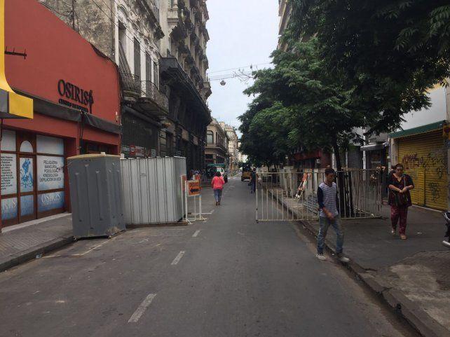 Volvieron los cortes de tránsito en el centro por la remodelación de calle Sarmiento