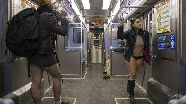 Otra entusiasta celebración del Día Mundial Sin Pantalones