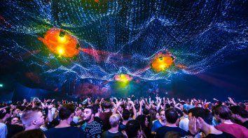 Las fiestas de música electrónicas siguen estando en el centro de la polémica.