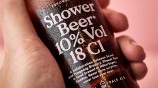 Salió a la venta la primera cerveza pensada para tomar en la ducha antes de ir al boliche