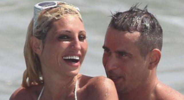 Vicki Xipolitakis y Yamil Ponce en las playas esteñas.