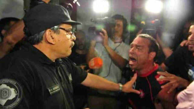 Tras el crimen de Brian el comisario de Flores fue desplazado del cargo.