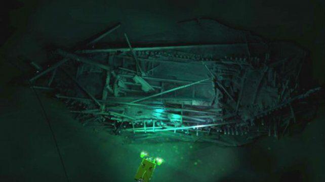 Impactantes imágenes de barcos antiguos en el fondo del Mar Negro