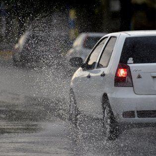 el servicio meteorologico anuncia lluvias intensas para el domingo en rosario y la region