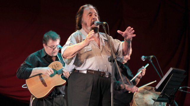 Genio y figura. Guarany nació en la localidad santafesina de Las Garzas. En 1957 debutó en Buenos Aires y en 1961 fue pionero del primer festival de Cosquín.