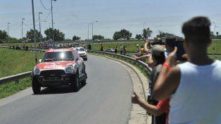 Los rosarinos admiraron el paso de las máquinas del Dakar, que en esta oportunidad no hizo pie en Rosario.