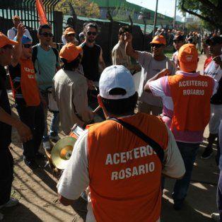 Aceiteros. La federación nacional de trabajadores del complejo oleaginoso criticó la política de flexibilización laboral.