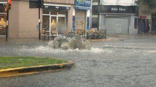 Imágenes de la intensa tormenta que azotó a la región desde la madrugada