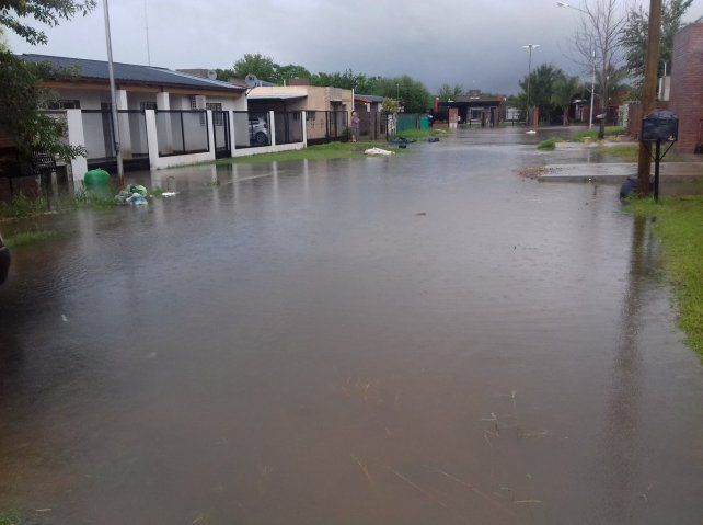 Arroyo Seco es una de las ciudades más afectadas de la región. (Foto vía Twitter:@artamay14)