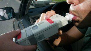 Uno de los automovilistas involucrados dio positivo el test de alcoholemia con 1.96 gramos.