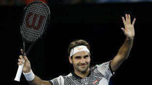 Federer regresó al circuito con una victoria.