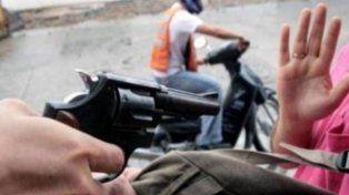 Un adolescente fue detenido tras asaltar a una mujer con un arma de juguete