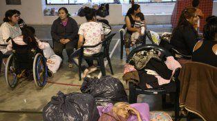 Evacuados en Arroyo Seco. La localidad fue una de las más afectadas por las inundaciones.