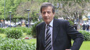 El presidente de Vélez, Raúl Gámez, cargó duro contra el jefe de Estado, quien confirmó que no aportará más dinero para Fútbol Para Todos.