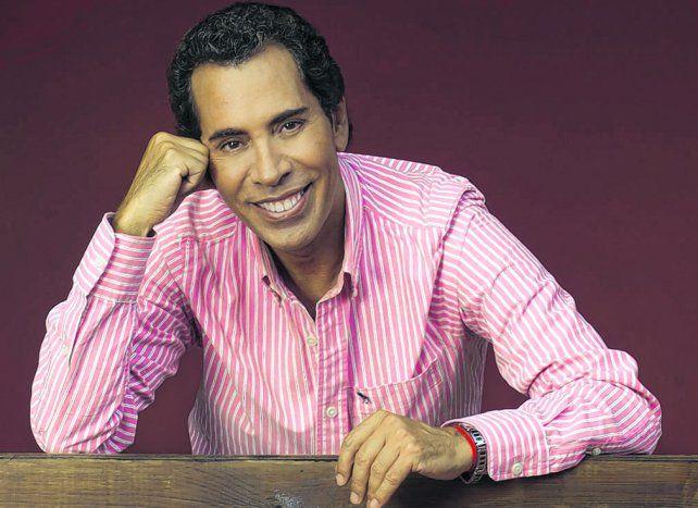 Activo. El dueño de clásicos como Un año más y Procuro olvidarte sigue de gira por Latinoamérica y EEUU.