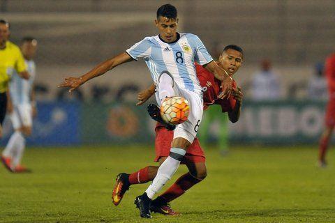 Argentina empezó con un empate