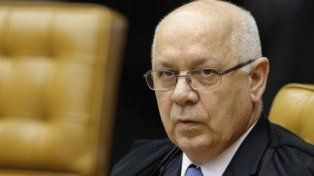 mirada. El juez Zavascki fue designado en 2012 por Dilma Rousseff. Tenía en sus manos el destino del gobierno.