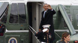 Obama dejó Washington con su familia a bordo del helicóptero presidencial